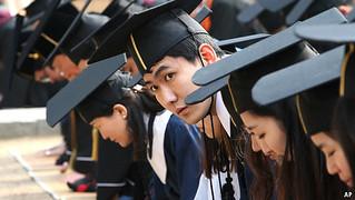 韩国的教育体系:呼吁大减压