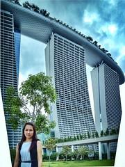 Marina Bay Sands (akachoke) Tags: gardens canon eos singapore pinay filipina mbs iphone xti 400d