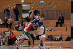 "VL2F Handball SG Überruhr 2. Frauen vs. NHC 1. Frauen 08.02.2014 028 • <a style=""font-size:0.8em;"" href=""http://www.flickr.com/photos/64442770@N03/12393173765/"" target=""_blank"">View on Flickr</a>"