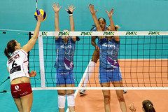 095-GO4G6331 (Robi33) Tags: game girl sport ball switzerland championship team women action basel tournament match network volleyball block volley referees viewers
