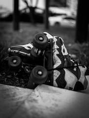 Orphans Roller (Pierre-Marie BROU) Tags: bw france trash lyon nb roller projet caluire