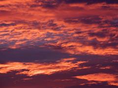 Cte d'Opale, coucher de soleil (Ytierny) Tags: france horizontal rouge soleil coucher ciel nuage pasdecalais littoral ctedopale ytierny