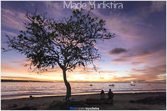 Living Together Under The Same Tree (Bali Freelance Photographer) Tags: life people bali nature beauty canon indonesia eos photo foto stock culture daily cultural alam budaya balinese culturalevent myudistira madeyudistira myudistiraphotography