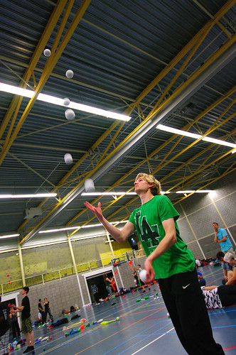 7 ball juggling @ EJF 2014