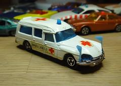 Majorette 206 Citroen DS Ambulancia 1974-1980 (mustonen.matias) Tags: car toy model 200 series majorette diecast