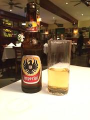 """San José: Imperial, la bière du Costa Rica. Très bonne et assez différente de celles goûtées jusqu'à présent autour du monde. <a style=""""margin-left:10px; font-size:0.8em;"""" href=""""http://www.flickr.com/photos/127723101@N04/26791035981/"""" target=""""_blank"""">@flickr</a>"""