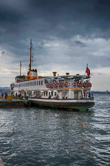 Kadky Vapuru (fahribalta) Tags: street sea turkey boot tour istanbul deniz iskele vapur karaky kadky bogaz boors iskelesi bogaz