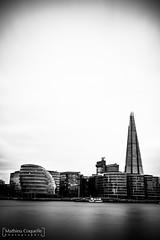 London City Hall and The Shard (MCoquelle Photographie) Tags: longexposure bw blackwhite nikon noiretblanc nb londres gb angleterre royaumeuni unitedkigdom poselongue d810 nd1000 tamronsp2470mmf28divcusd