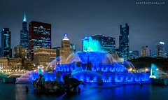 Chicago blues (BartPhotography) Tags: city blue light chicago night downtown grantpark buckinghamfountain 2016