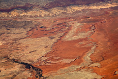 2016_06_02_lax-ewr_438 (dsearls) Tags: river utah flying desert aviation united country canyon aerial erosion rivers geology ual canyons arid aerialphotography jurassic stratigraphy unitedairlines windowseat windowshot weathering 20160602