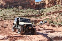 moab-104 (LuceroPhotos) Tags: utah jeeps moab cliffhanger jeeping
