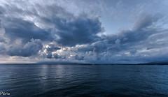 Nubosidad (Perurena) Tags: sea sky storm clouds mar cloudy galicia cielo nubes tormenta pontevedra horizonte riasbajas ogrove nuboso oceanoatlantico riadearosa
