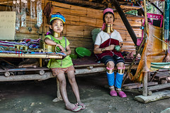 The Present is Grim for the Padaung People (Anoop Negi) Tags: camp people woman neck thailand photography photo long child burma refugee border karen future present karin tribe anoop negi padaung chinagmai ezee123
