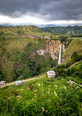 Sipiso-Piso Waterfall (muhammadhilmi.harun) Tags: lake indonesia landscape waterfall cloudy toba danau sumatera danautoba sipisopiso