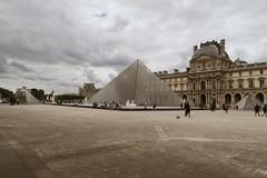 Pyramide du Louvre (CamJrOff) Tags: france paris arcdetriomphe town city old road life art photographie pic picture architecture louvre pyramide sculpture batiment jr g7x