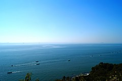 Blue and calm (himanshu_07) Tags: ocean cruise blue sea sky india shoot ship goa wave sail vsco vscogrid voscom