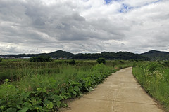Rural Pathway (Johnnie Shene Photography(Thanks, 1Million+ Views)) Tags: korea korean rural country countryside local region regional way road street trail photography horizontal outdoor colourimage fragility freshness nopeople foregroundfocus adjustment hdr landscape scenic scenery clouds cloudscape skyline paju gyeonggido interesting awe wonder tranquility tranquil scene field ground lowangle traveldestination attraction landmark canon eos600d rebelt3i kissx5 sigma 1770mm f284 dc macro lens     shene81