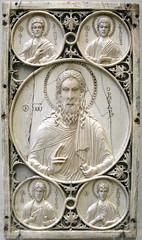 LONDRES - MUSEO VICTORIA AND ALBERT - PLACA DE MARFIL BIZANTINA (mflinera) Tags: inglaterra de albert victoria londres and museo placa marfil bizantina
