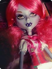 Mystixx Talin (Teahoshi) Tags: pink hearts vampire talin mystixx