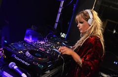 DJ Goldierocks - Gorilla Club Gig (Emz.watson) Tags: lighting blue people music woman festival club manchester photography lights fantastic concert dj photographer singing dancing gorilla unitedkingdom gorgeous famous 4 gig crowd performance performing multicoloured excited experience headphones rave mixing fans colourful celebs backstage decks excitement performers filming channel beats hollyoaks djbooth ncs emilywatson youngphotographer eventphotography goldierocks rudimental d3100 niallhoran