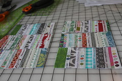 Selvage tutorial pic 12 (B's Modern Quilting) Tags: quilt machine fabric zipper tutorial wristlet selvage