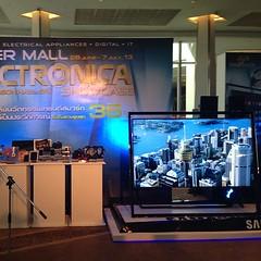 ในงาน Electronigca มีทีวี 4k ของ Samsung ด้วย ภาพชัดอย่างเว่อร์ อัยย่ะ อยากได้