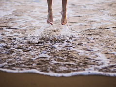 (HHLblog) Tags: ocean girls summer inspiration love beach water girl canon landscape 50mm for jump others footprints converse lovely splash 18 650d tumblr weheartit summer2013