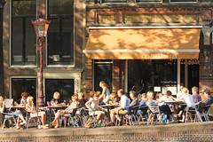 Prinsengracht - Amsterdam (Netherlands) (Meteorry) Tags: summer holland netherlands caf amsterdam bar restaurant canal europe terrace centre nederland thenetherlands terrasse july center prinsengracht forge t paysbas centrum noordholland gracht stadsarchief forger northholland meteorry smederij 2013 mashua contrefaire prinsengracht703