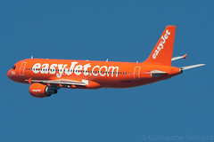 """Airbus A320 easyJet """"orange"""" G-EZUI MSN 4721 (Guillaume Besnard Aviation Photography) Tags: barcelona orange bcn airbus easyjet a320 airbusa320 barcelonaairport lebl barcelonaelprat gezui msn4721 cn4721 easyjetorange"""