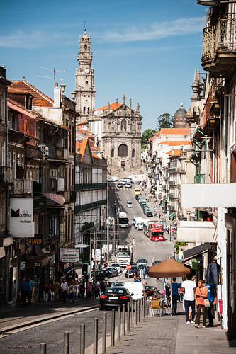 "Porto • <a style=""font-size:0.8em;"" href=""http://www.flickr.com/photos/22550935@N03/10513639085/"" target=""_blank"">View on Flickr</a>"