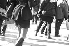 Piernas, piernas/Legs, legs (Joe Lomas) Tags: madrid street leica urban espaa calle spain candid m8 reality streetphoto urbano urbanphoto realidad callejero robado robados realphoto fotourbana fotoenlacalle fotoreal photostakenwithaleica leicaphoto