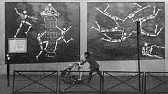 Entre ciel et terre (Bernard Chevalier) Tags: street paris art geometric graffiti femme ciel passage rue enfant gomtrie espace marche ville faade mouvement trottoir urbain fresque dcor artiste urbanisme parisienne fillette jeux enfance graphisme marelle landau messager piton passante gomtrique
