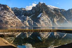 Am Traunsee (Fotos4RR) Tags: winter mountain lake austria mirror see österreich berge spiegelung oberösterreich upperaustria traunsee traunkirchen