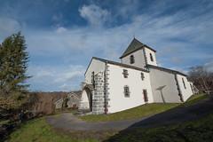 Eglise de MAZAYES (bernard63000) Tags: nikon village glise auvergne volcan puydedme parcdesvolcans chainedespuys d700 1424mm mazayes