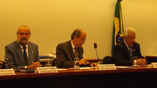 Deputado Antônio Roberto durante reunião da Comissão de Meio Ambiente e Desenvolvimento Sustentável da Câmara