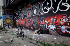 (Farlakes) Tags: station graffiti leiden terminator popeye kbtr farlakes sniek