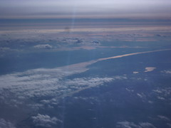 201411018 BA117 LHR-JFK Hudson valley (taigatrommelchen) Tags: sky usa ny newyork clouds river airplane photo inflight view air aerial hudson tarrytown baw southnyack 20141147