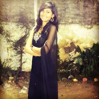 #black #traditional #sangeet #marriage #friends #enjoy #clickofdv #lights #panipurikandho #aladirealadi #garba #majjaavigai