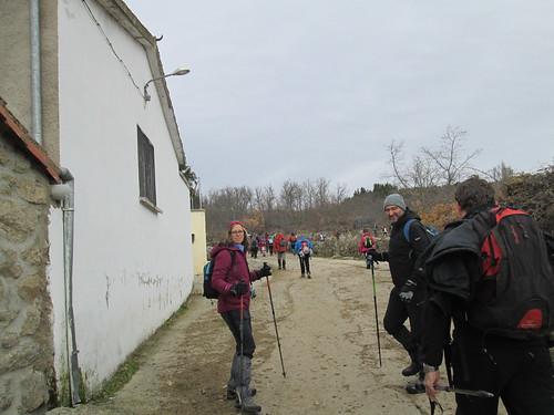 MARCHA-371-los-pueblos-abandonados-valle-de-aravalle-avila-senderismo (40)