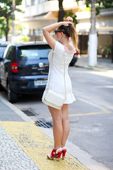 lojas_felicita_plaza_shopping_telefone_look_do_dia (capitaozeferino) Tags: rj mg sp niteroi allwhite streetstyle felicita plazashopping lookdodia blogsdemoda fransartor capitaozeferino