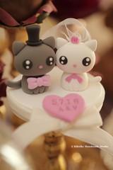 cat and kitty Wedding Cake Topper (charles fukuyama) Tags: wedding pet cute kitten chat gato weddingceremony sculpted initials  lovecat weddingideas  weddingcaketopper customcaketopper claydoll handmadecaketopper animalscaketopper kikuike