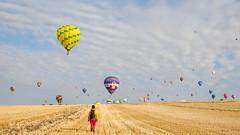 La tte dans les nuages (DRoofing163) Tags: voyage france de photographie air ballon ciel planet vol ballons lorraine couleur magie mondial masse dcollage envol rve 2015 rozier volant chambley montgolfieres rassemblement envole piltre lmab15