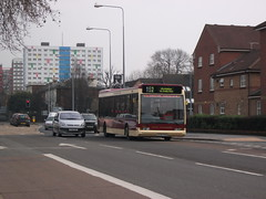 East Yorkshire 290 S290 RAG Optare Excel on 152 [1] (sambuses) Tags: 290 eastyorkshire eyms s290rag