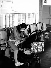 Shashin - DSCN4481 (Mathieu Perron) Tags: life city bridge people bw white black monochrome japan french nikon noir perron fair daily nb international journey   week osaka mp blanc department japon personne semaine ville chuo hankyu gens vie mathieu    sjour   senri quotidienne        p520   zheld