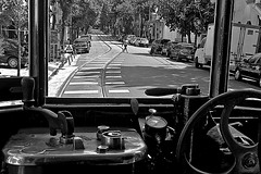 From the cab (Wal CanonEOS) Tags: from street blackandwhite bw byn blancoynegro blanco argentina canon eos calle buenosaires day y cab negro dia hdr calles caballito bsas vias airelibre caba monocromatico capitalfederal fromthecab ciudaddebuenosaires alairelibre argentinabsas ciudadautonoma tramcab rebelt3 canoneosrebelt3 desdelacabina tranviaargentina cabinadetranvia tramargentina