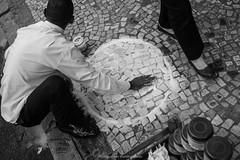 """Buraco branco"" Mercado Uruguaiana, Centro, Rio de Janeiro, / Brasil (VECTORINO) Tags: life leica brazil people brasil riodejaneiro work photo market hard streetphotography business mercado vida streetphoto rua brasileiro carioca reallife cruel povo uruguaiana mlazarevphoto leicam262 limples"