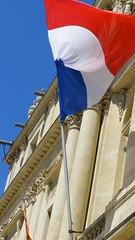 Arles (Provence, France) (bobroy20) Tags: france provence arles drapeau drapeaufranais