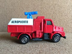 Guisval Number 45 - Bomberos Aeropuerto - ARFF - Airport Fire Engine / Appliance / Apparatus - Miniature Die Cast Metal Scale Model Emergency Services Vehicle (firehouse.ie) Tags: truck fire airport spain engine espana bomberos department tender appliance apparatus dept brigade diecast bombero bombeiros arff guisval