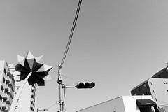 Daikanyama, Tokyo (fabiolug) Tags: leica sky blackandwhite bw building monument monochrome japan architecture 35mm japanese tokyo trafficlight blackwhite asia rangefinder cable summicron monochrom daikanyama biancoenero leica35mm leicam 35mmsummicronasph leicasummicron summicron35mmf2asph 35mmf2summicronasph summicronm35mmf2asph mmonochrom leicammonochrom leicamonochrom