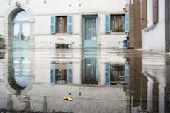 Conegliano (tia katty) Tags: blue italy reflection architecture puddle leaf doors treviso veneto conegliano